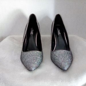 New!! Shimmer Pumps